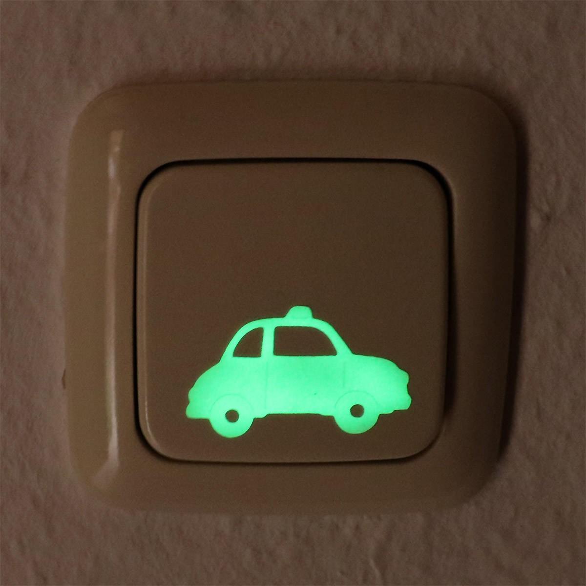 Leuchtender Sticker kleines Auto, leuchtet im Dunklen